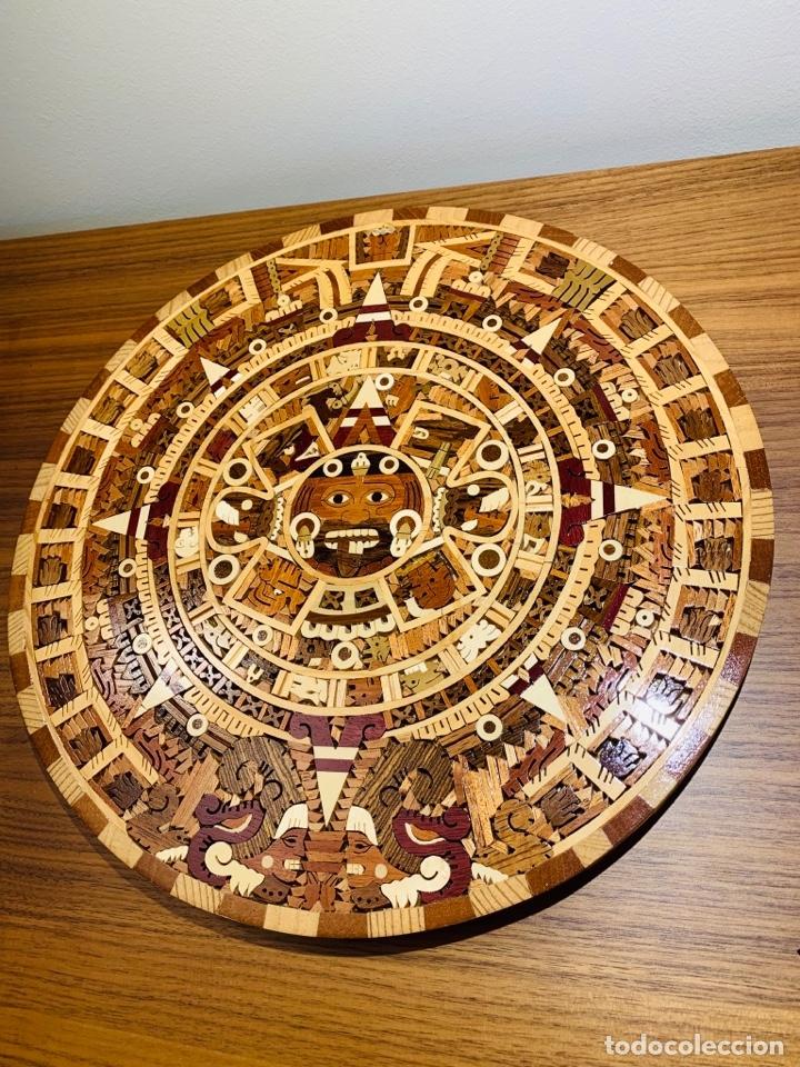 Arte: Calendario Azteca. Maderas finas tropicales. Alta calidad. Impecable. - Foto 10 - 177239413