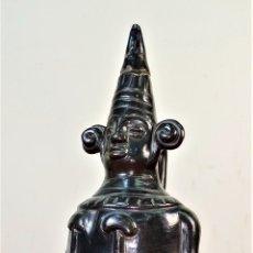 Arte: VASIJA DE ESTILO PRECOLOMBINO. CERÁMICA NEGRA ESMALTADA. MÉXICO (?) SIGLO XX. Lote 177791812