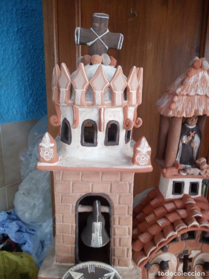 Arte: iglesia cerámica magno huasacca,suyjaruna,con personajes.artesanía,muy detallada.años 70/80,peru - Foto 3 - 177954178