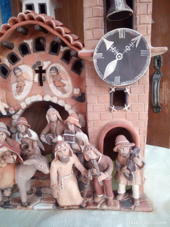 Arte: iglesia cerámica magno huasacca,suyjaruna,con personajes.artesanía,muy detallada.años 70/80,peru - Foto 8 - 177954178
