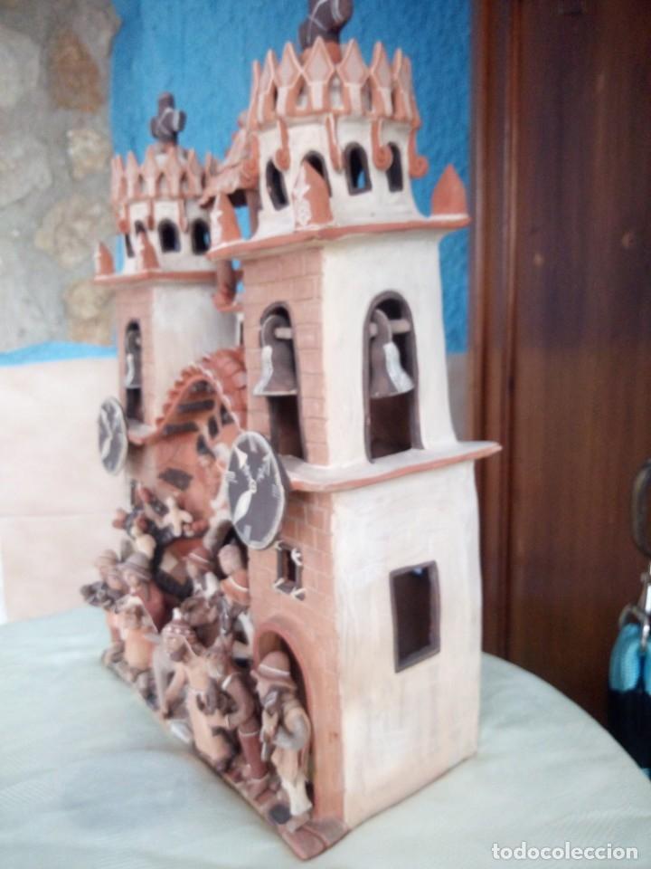 Arte: iglesia cerámica magno huasacca,suyjaruna,con personajes.artesanía,muy detallada.años 70/80,peru - Foto 13 - 177954178