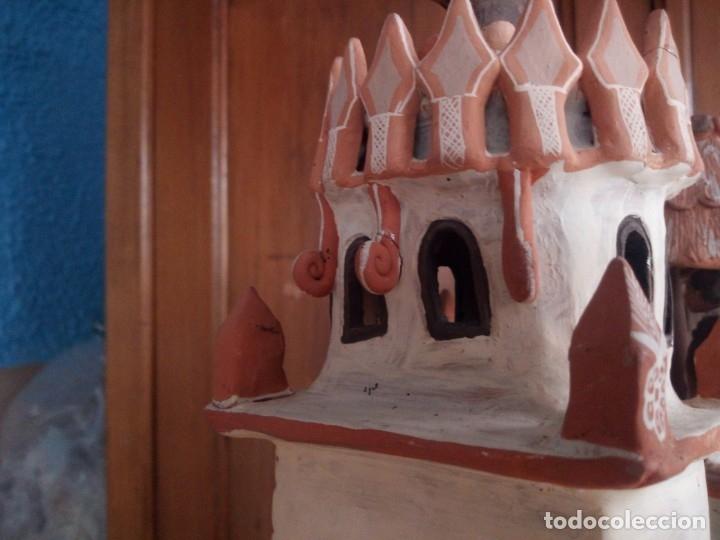 Arte: iglesia cerámica magno huasacca,suyjaruna,con personajes.artesanía,muy detallada.años 70/80,peru - Foto 19 - 177954178