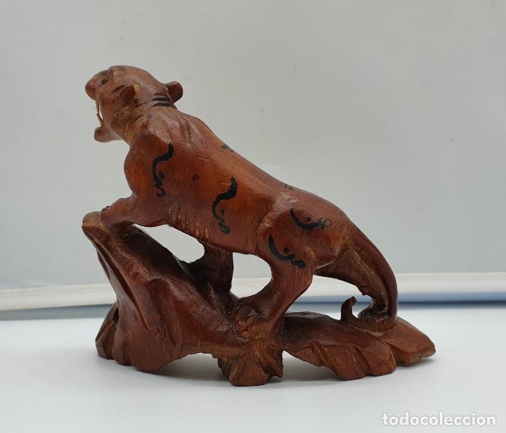 Arte: Talla antigua de pantera asiática en madera noble con ojos de cristal . - Foto 3 - 178311153