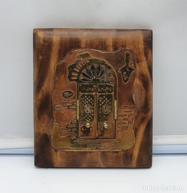 Arte: Espejo antiguo modernista de bolsillo en madera y latón tallado a mano y firmado por el artista . - Foto 9 - 178338305