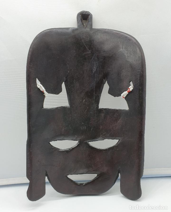 Arte: Mascara antigua africana en madera tallada a mano . - Foto 3 - 178347727