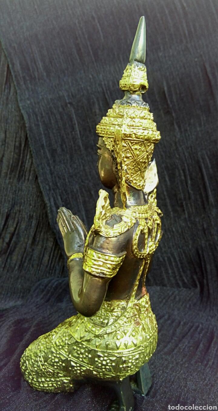 Arte: Guardian del templo. Thepanom. Figura de bronce dorado. Circa 1960. Tailandia. - Foto 3 - 178939703