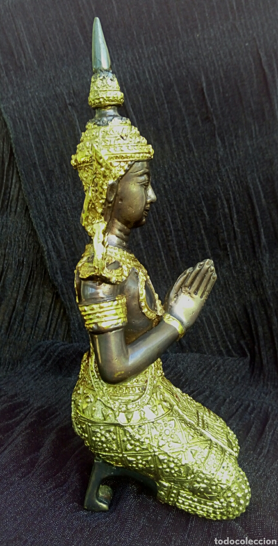 Arte: Guardian del templo. Thepanom. Figura de bronce dorado. Circa 1960. Tailandia. - Foto 5 - 178939703