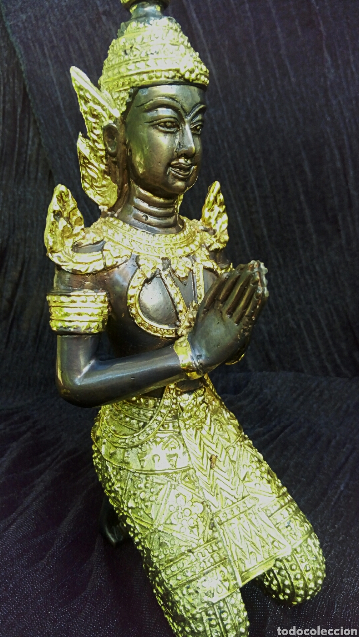Arte: Guardian del templo. Thepanom. Figura de bronce dorado. Circa 1960. Tailandia. - Foto 7 - 178939703