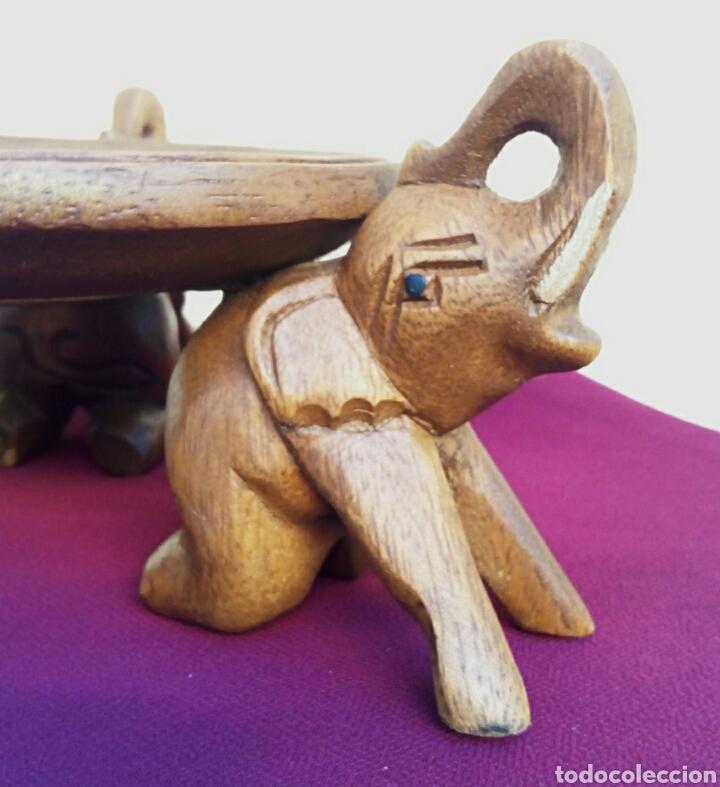 Arte: Antigua peana. Pedestal asiatico. Madera noble, con tallas de elefantes. - Foto 4 - 179232396