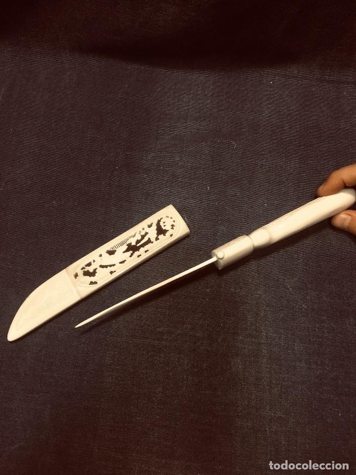 Arte: puñal cuchillo hueso tallado cazador perros oso esquimal aves groenlandia escandinavia MITAD s xx - Foto 9 - 180327856
