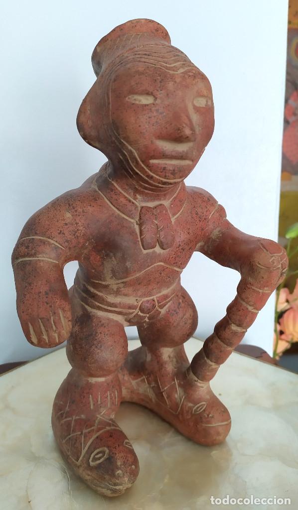 FIGURA PRECOLOMBINA DE COLIMA (Arte - Étnico - América)