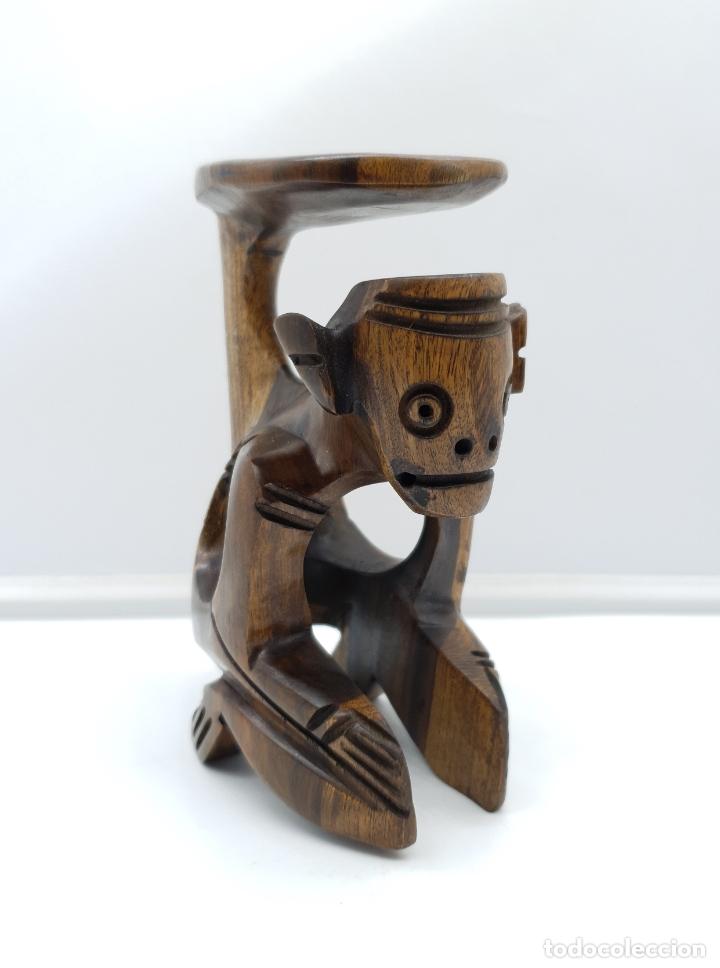 Arte: Escultura antigua deidad de la cultura Taina en madera tropical maciza, hecha a mano por sus nativos - Foto 2 - 182758858