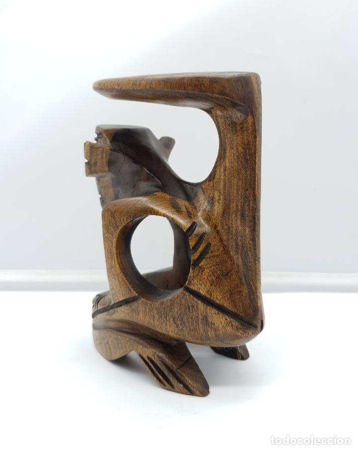 Arte: Escultura antigua deidad de la cultura Taina en madera tropical maciza, hecha a mano por sus nativos - Foto 5 - 182758858