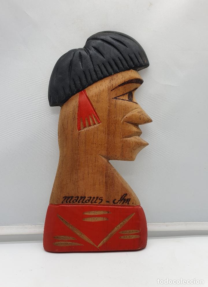 TALLA ANTIGUA DE NATIVO DE LAS AMAZONA EN MADERA TALLADO A MANO EN MANAOS ( BRASIL ) . (Arte - Étnico - América)