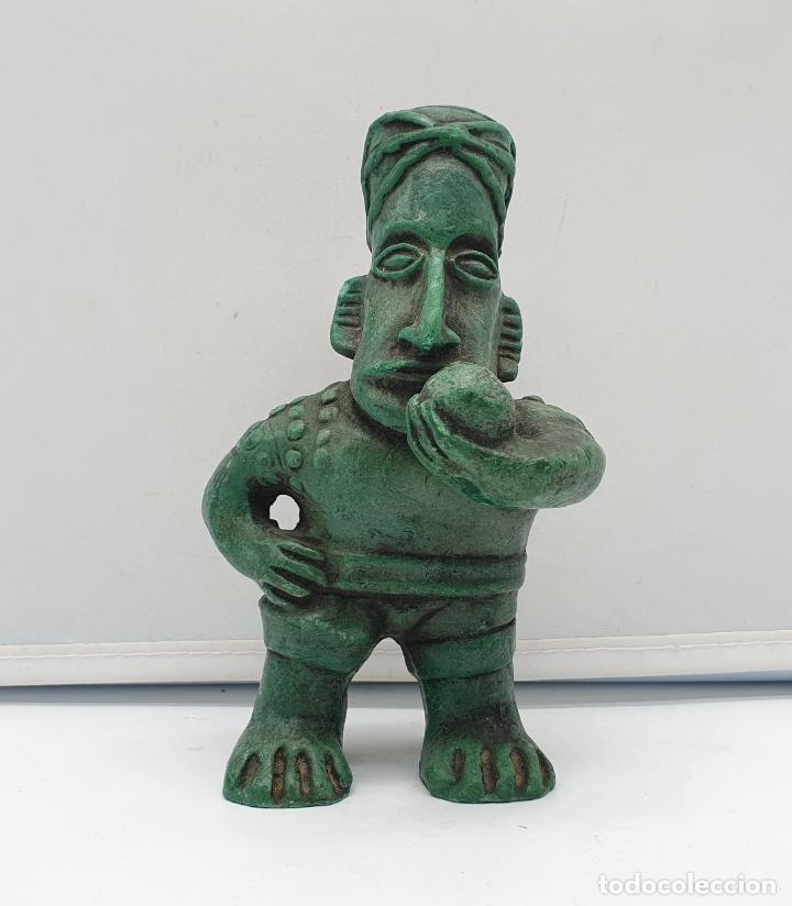 FIGURA ANTIGUA DE ESTILO PRECOLOMBINO, HECHA EN BOGOTÁ . (Arte - Étnico - América)