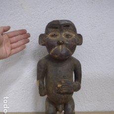 Arte: ANTIGUA ESCULTURA FIGURA AFRICANA DE MADERA TALLADA, ORIGINAL, DE TRIBU BULU DE CAMERUN, AFRICA.. Lote 183340830