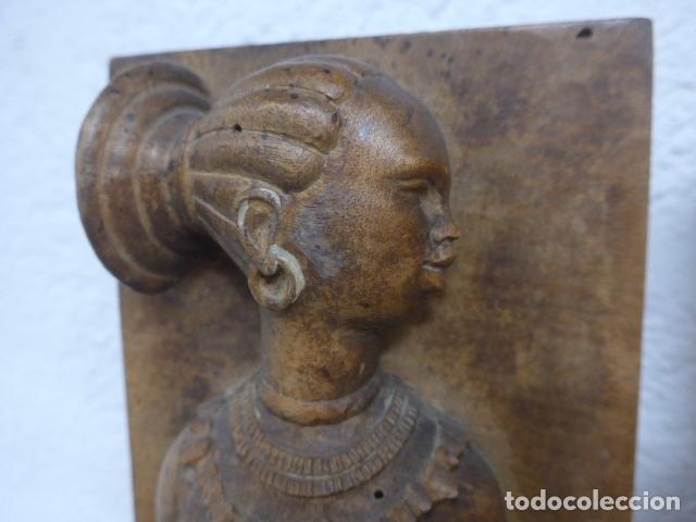 Arte: Antiguos 2 plafon escultura figura africana de madera tallada, original, de tribu de Africa. - Foto 5 - 183342018