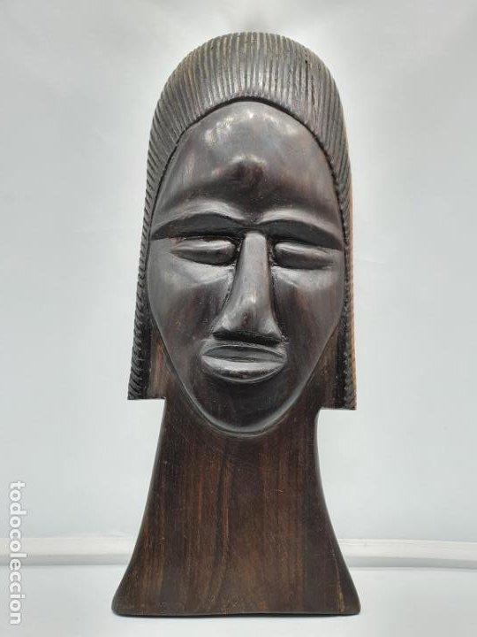 Arte: Mascara antigua africana en madera de ebano tallada a mano por nativos . - Foto 3 - 183990586