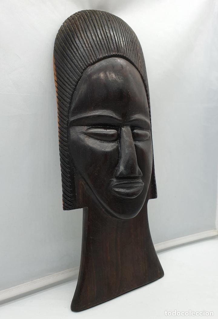 Arte: Mascara antigua africana en madera de ebano tallada a mano por nativos . - Foto 4 - 183990586