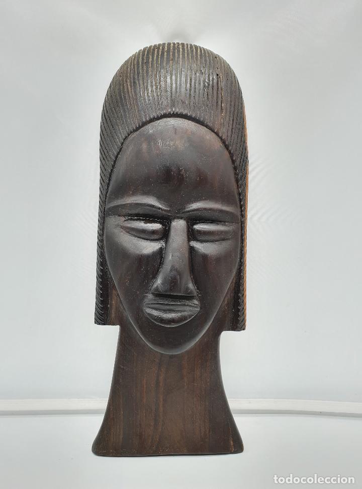 MASCARA ANTIGUA AFRICANA EN MADERA DE EBANO TALLADA A MANO POR NATIVOS . (Arte - Étnico - África)