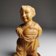 Arte: FIGURA DE NIÑA -NIÑO CAMPESINO DELICADAMENTE TALLADA MADERA DE BOJ- REPUBLICA CHINA 50´S-----NETSUKE. Lote 185137358