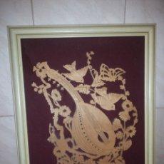 Arte: PRECIOSO CUADRO HECHO EN MADERA CON FONDO DE TERCIOPELO ROJO,MANDOLINA CON PAJARITOS Y FLORES,RELIEV. Lote 186173615