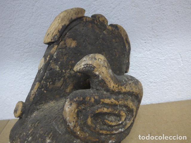 Arte: Antigua mascara casco para ponerse a ritual, africana de madera, de tribu igbo de Nigeria, Africa. - Foto 3 - 186177462