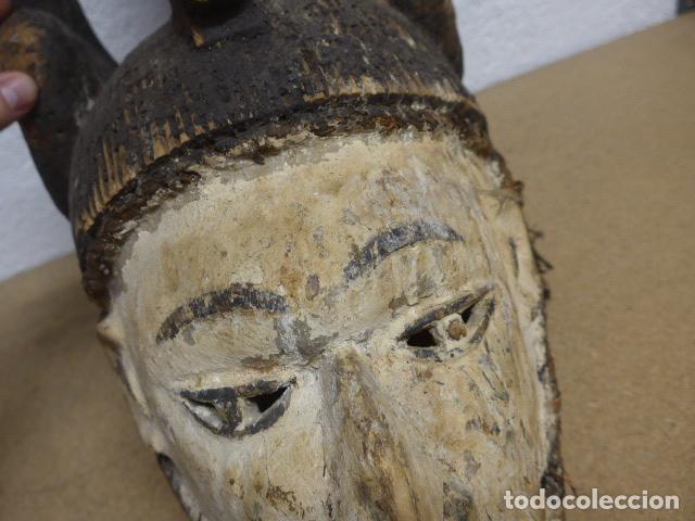 Arte: Antigua mascara casco para ponerse a ritual, africana de madera, de tribu igbo de Nigeria, Africa. - Foto 7 - 186177462