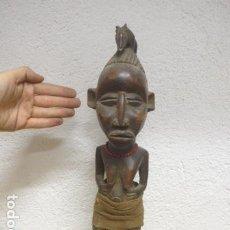 Arte: ANTIGUA ESCULTURA FIGURA AFRICANA DE MADERA TALLADA, ORIGINAL, DE TRIBU DE AFRICA.. Lote 186180500