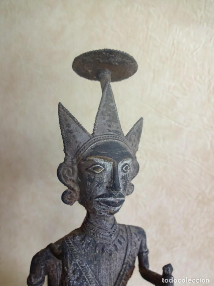 Arte: antiguos guerreros de orissa a caballo bronce y madera india antiguas figuras 38 cm originales - Foto 21 - 149620874