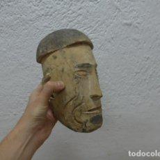 Arte: ANTIGUA ESCULTURA DE UNA CABEZA MASCARA DE MADERA TALLADA DE NUEVA GUINEA PAPUA, ORIGINAL.. Lote 193429957