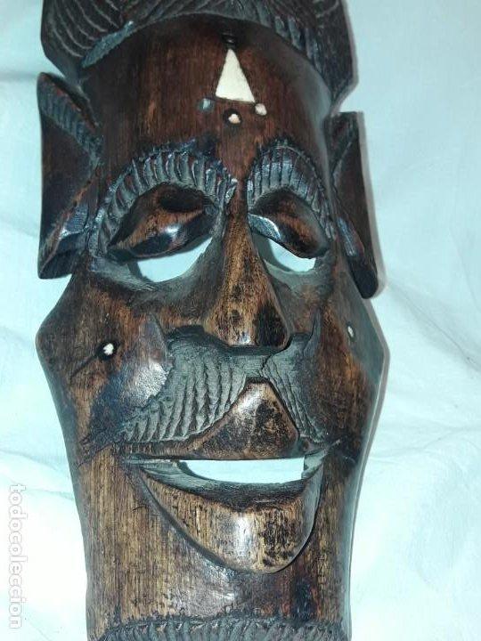 Arte: Bella talla madera Mascara Africana con incrustaciones de hueso o marfil - Foto 10 - 194147853