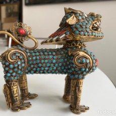 Arte: QUEMADOR DE INCIENSO CHINO , PERRO FOO , BRASS FOO DOG INCENSE BURNER. TIBET / CHINESE FU DOG. Lote 194312560