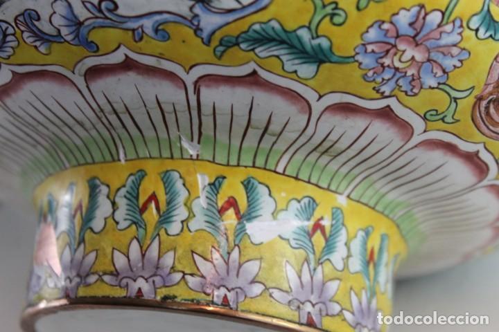 Arte: PAREJA DE JARRONES CHINOS EN BRONCE Y COBRE ESMALTADO PINTADO A MANO - MEDIADOS DEL SIGLO XX - Foto 14 - 194327710