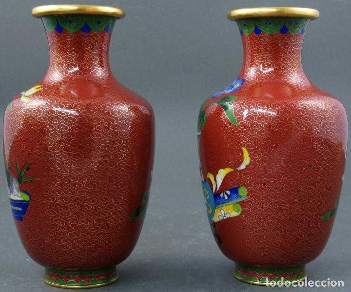 Arte: Pareja de jarrones violeteros en esmalte cloisonne China siglo XX - Foto 4 - 194599941