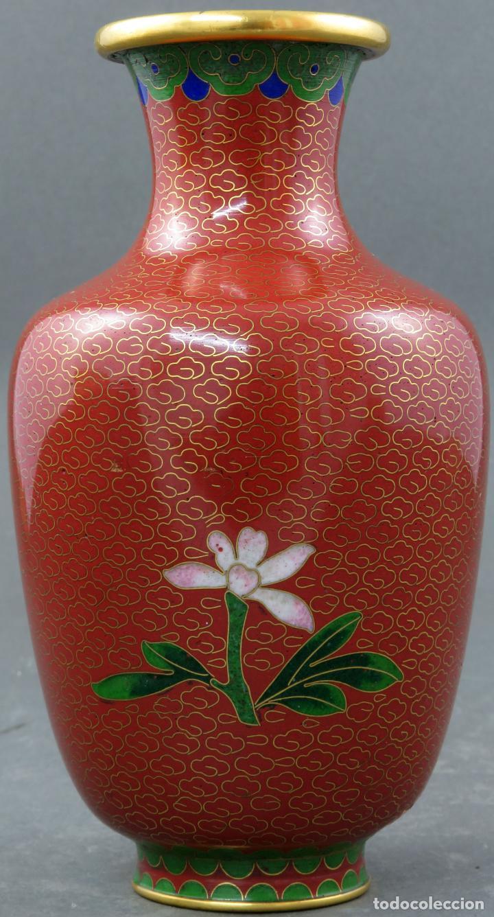 Arte: Pareja de jarrones violeteros en esmalte cloisonne China siglo XX - Foto 15 - 194599941