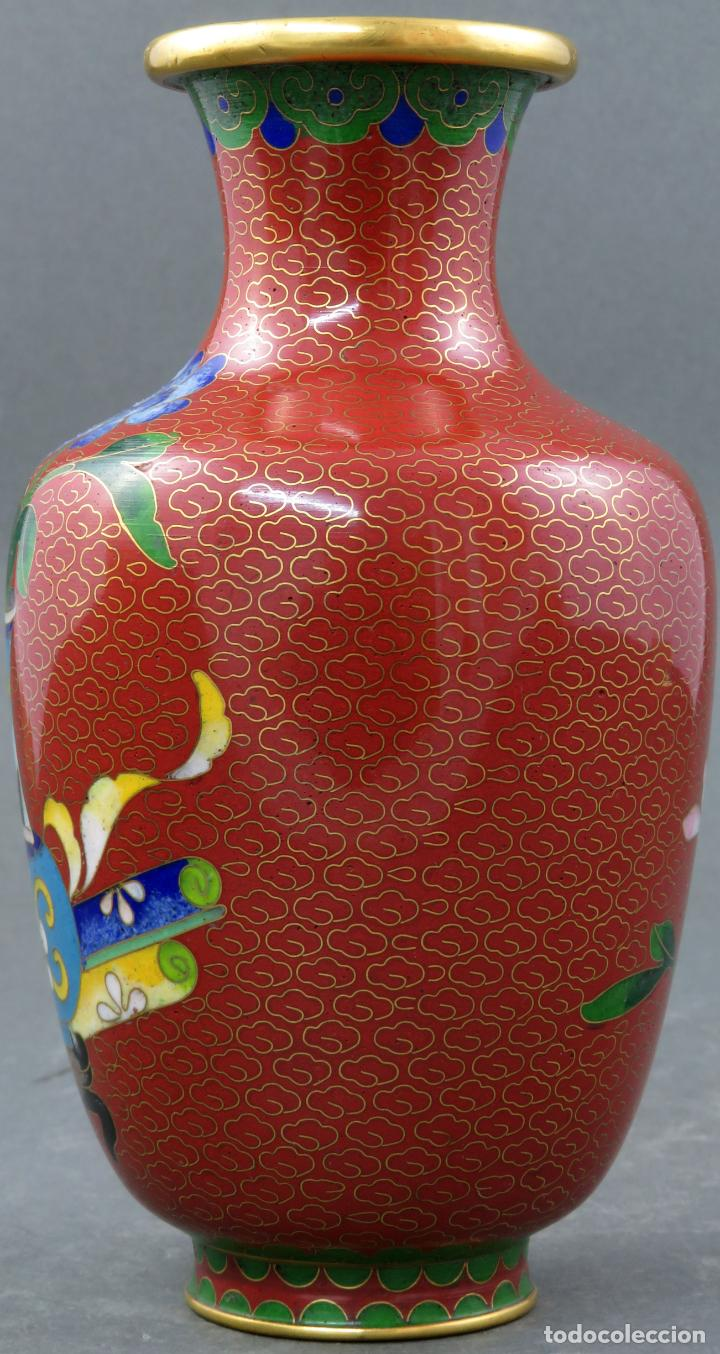Arte: Pareja de jarrones violeteros en esmalte cloisonne China siglo XX - Foto 16 - 194599941