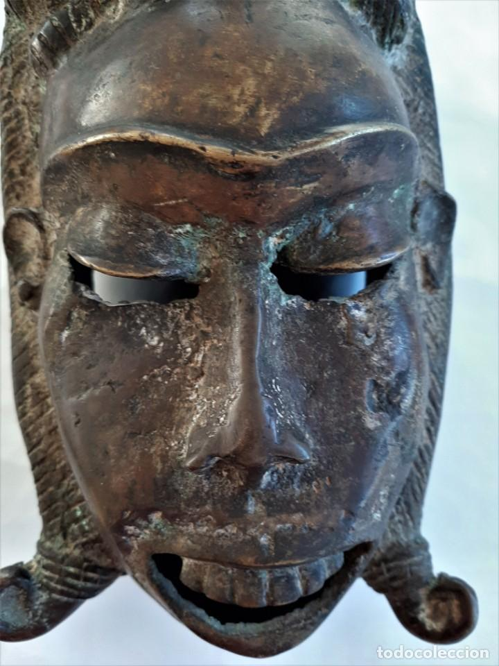 Arte: R 2312 MAGNIFICA ANTIGUA MASCARA BRONCE TRIBU TIKAR - CAMERÚN AFRICA - Foto 3 - 195788437