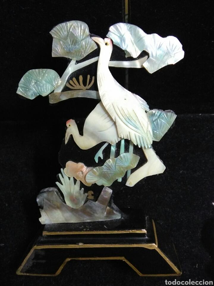 Arte: Antiguedades asiaticas (china )pareja de paisajes en nacar - Foto 10 - 200522631