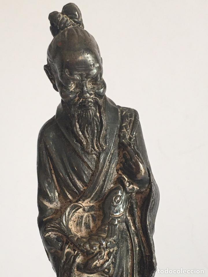 Arte: ANTIGUA FIGURA DE DIOS CHINO EN METAL PLATEADO - Foto 3 - 201200271