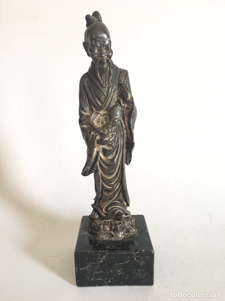 ANTIGUA FIGURA DE DIOS CHINO EN METAL PLATEADO (Arte - Étnico - Asia)
