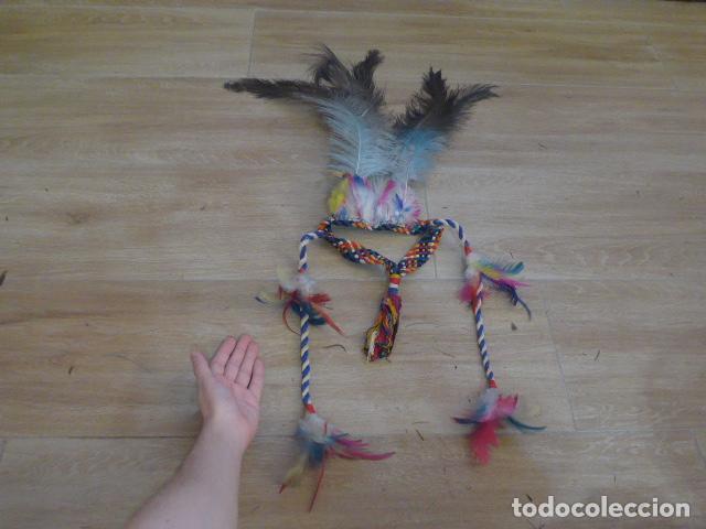 ANTIGUO GRAN PLUMAJE O PLUMAS DE INDIO DEL AMAZONAS, ORIGINAL. ARTE ETNICO. (Arte - Étnico - América)