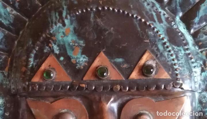 Arte: Máscara metal - Preparada para colgar - Pieza decorativa - 30cm x 28cm - Foto 2 - 204322375