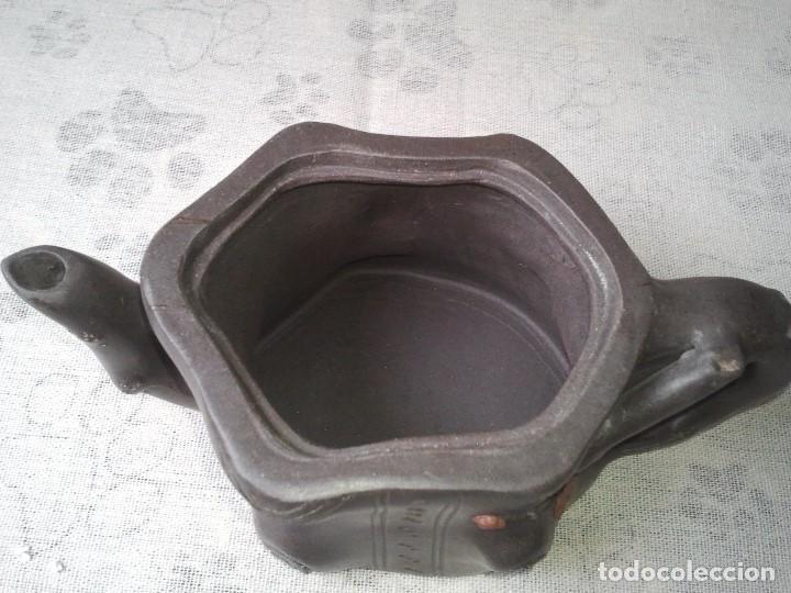 Arte: Tetera yixing las famosas teteras de arcilla morada china. Hecha artesanalmente. Artesania china. - Foto 7 - 205011843