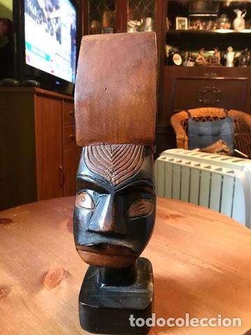 FIGURA DE MADERA CAOBA , HECHA A MANO, KENIA (Arte - Étnico - África)