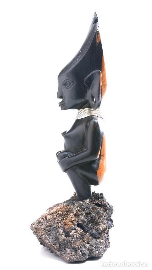 Arte: Talla de madera de ébano bicolor, altura 29 cm - Foto 2 - 205400365