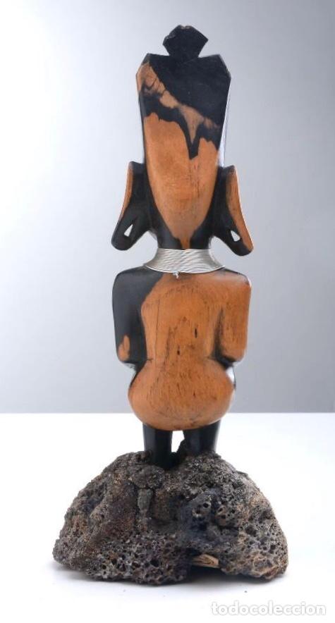 Arte: Talla de madera de ébano bicolor, altura 29 cm - Foto 3 - 205400365