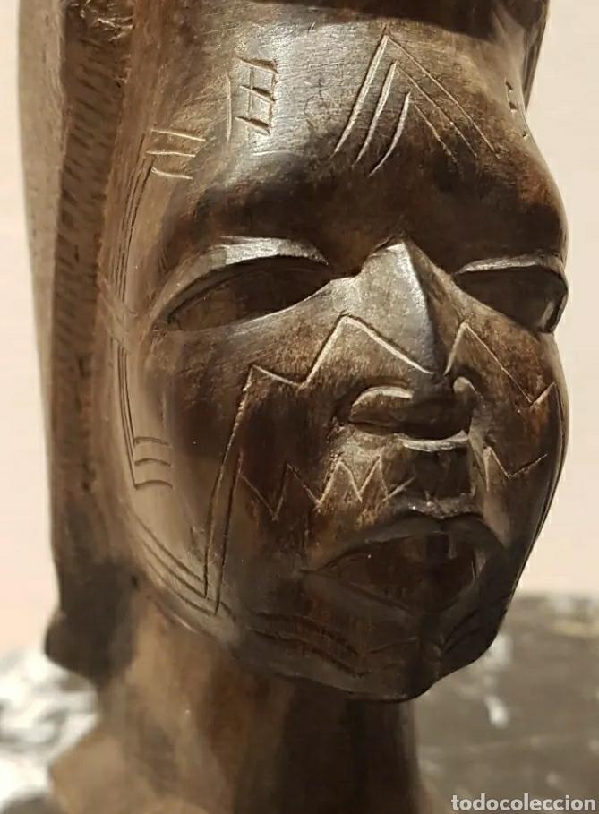 ESCULTURA BUSTO MUJER EN ÉBANO DEL GRUPO ÉTNICO MAKONDE TANZANIA SIGLO XIX O PRINCIPIOS XX (Arte - Étnico - África)