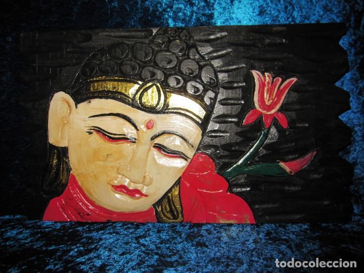 CUADRO TALLA MADERA BUDA BHUDA BUDHA Y FLOR ARTESANAL (Arte - Étnico - Asia)