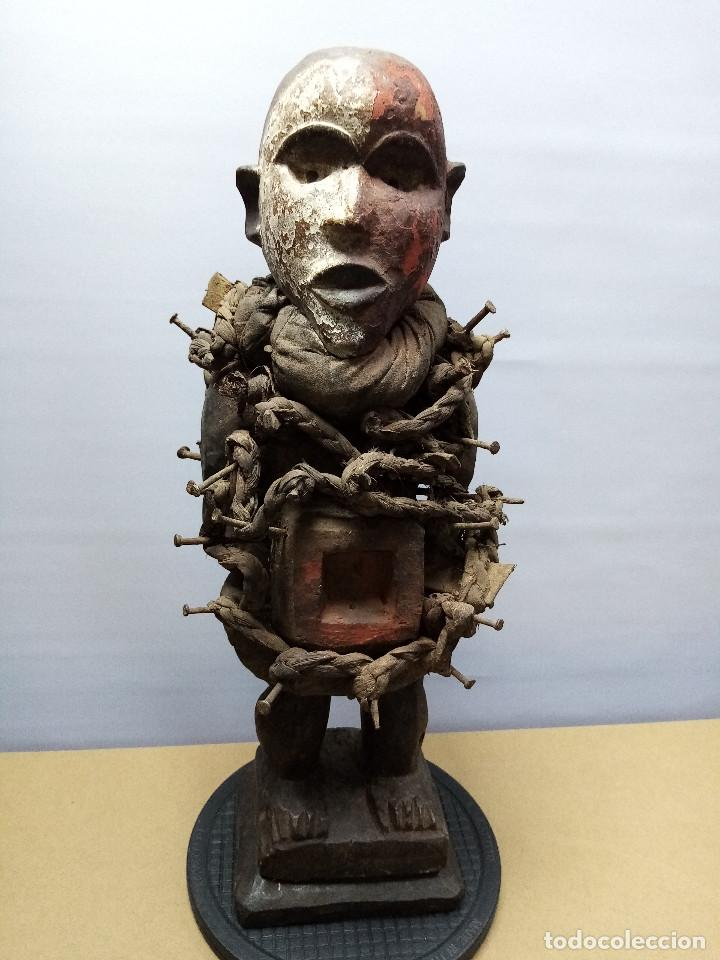 ARTE ÉTNICO AFRICANO. FETICHE NKISI. BAKONGO YOMBE DEL TIPO NKONDI.CONGO.ÁFRICA. (Arte - Étnico - África)